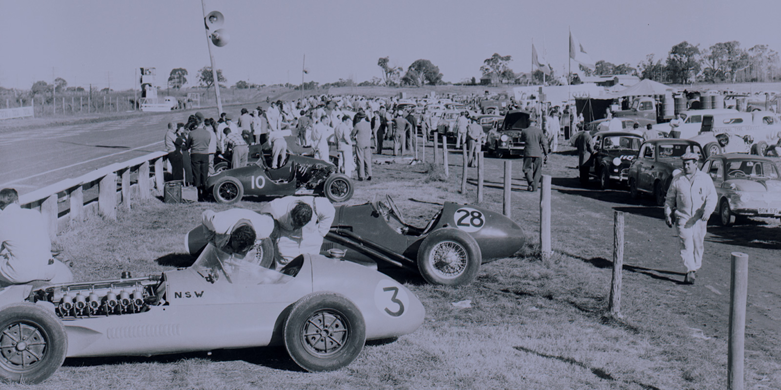 Gnoo Blas Car Race 1956 - Pit area