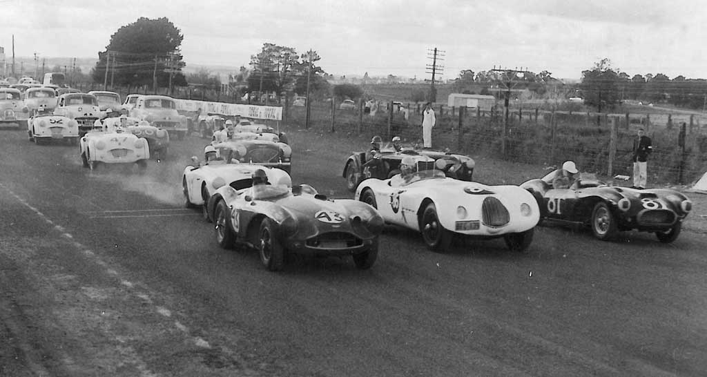 Gnoo Blas June 1958 sports and sedans